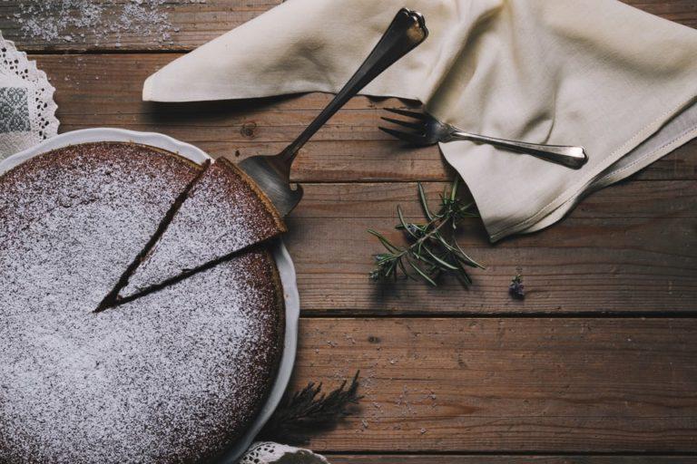 ホールケーキのサイズ(号)とは?【大きさが一目で分かる一覧表】