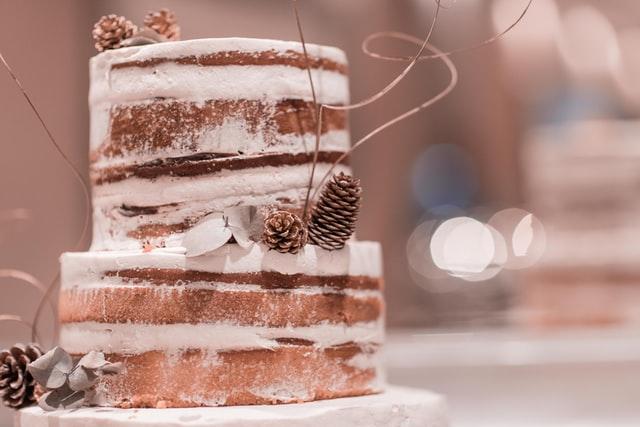「ネイキッドケーキとは?」生クリームのナッペが苦手でも大丈夫!