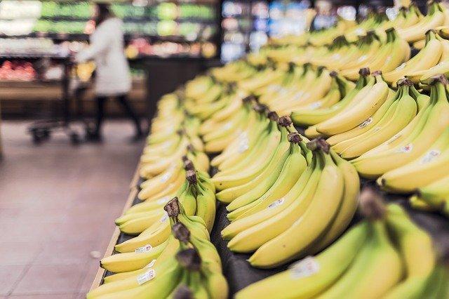 【パティシエ直伝】ミキサーで簡単!コスパ最強バナナシェイクのレシピ。